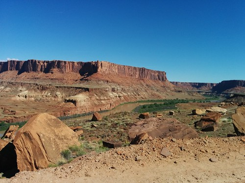 Green River from road above Hardscrabble