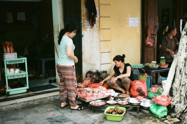 {Hanoi - on the street 3}