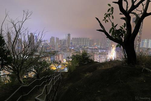 Garden Hill at night / 嘉頓山夜景