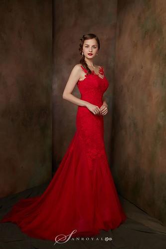 【高雄禮服評價推薦】聖羅雅麗緻婚紗101件禮服的秘密_FIESTA_(5)
