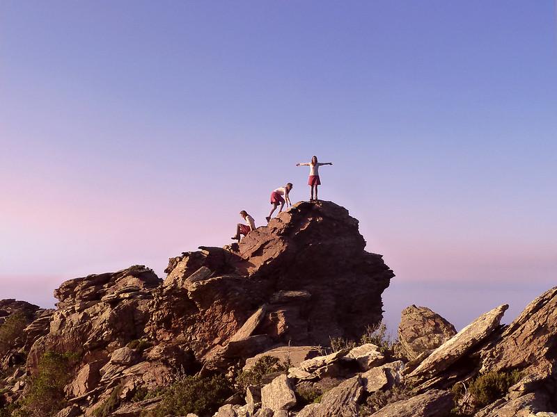 Ορειβάτες Πεζοπόροι Ικαρίας στο facebook