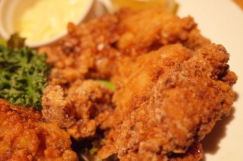 結花 滋養鶏の焦がし吟譲唐揚げ fried chicken
