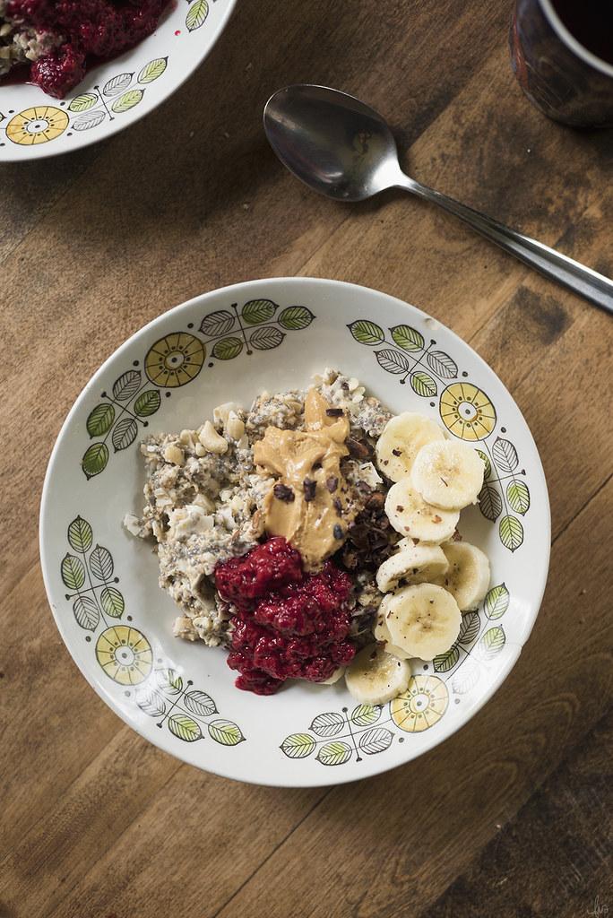 raw cashew, chia, oatmeal breakfast bowl