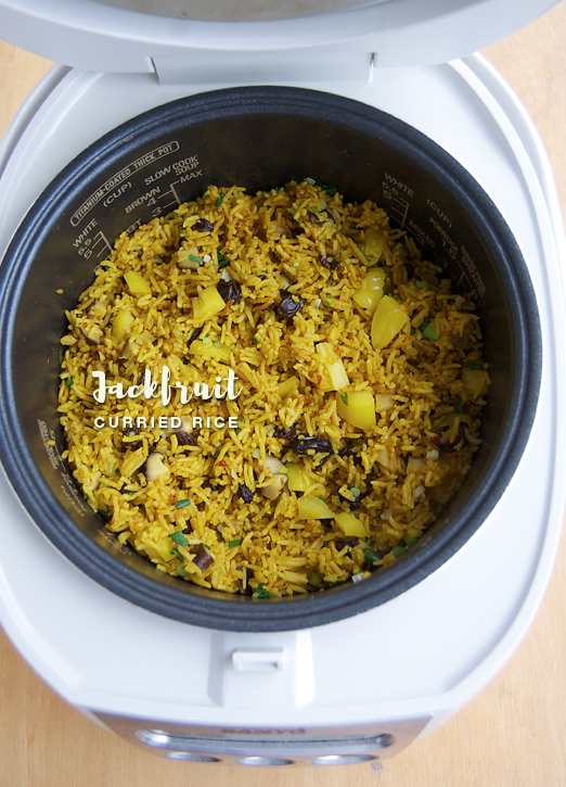 Rice Cooker Jackfruit Curried Rice