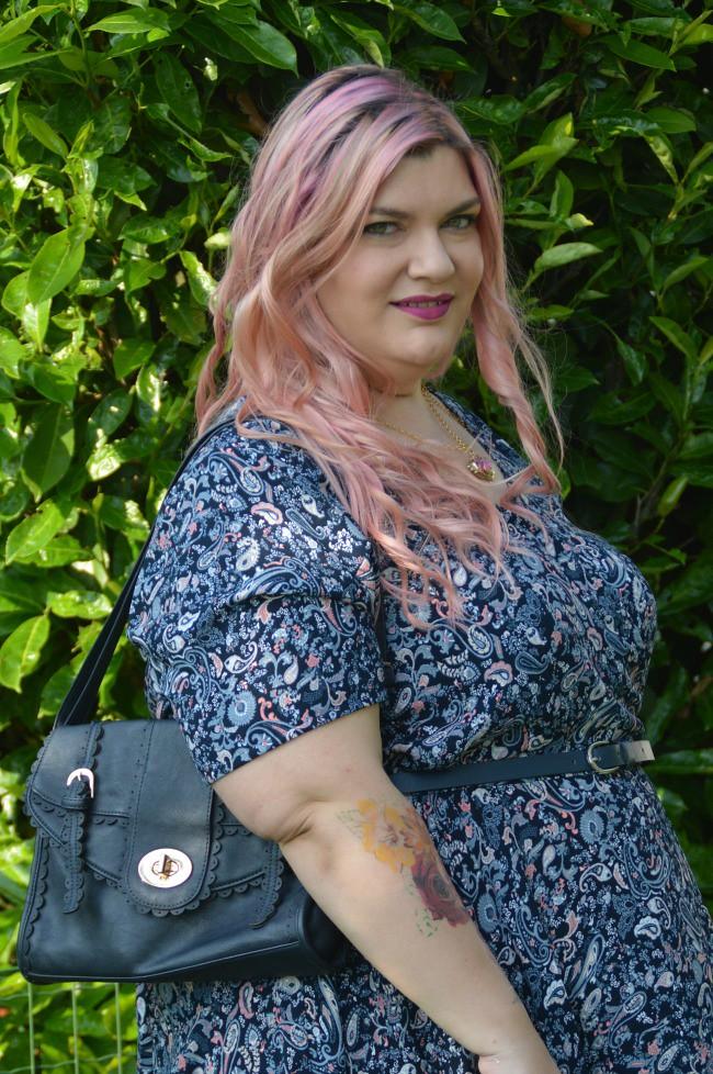 Outfit floreale blu e rosa (3)