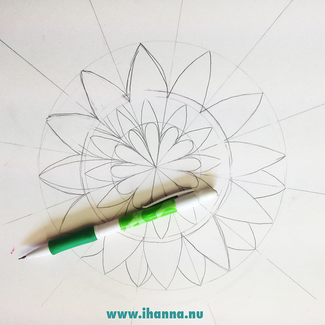 The start of drawing a mandala by iHanna