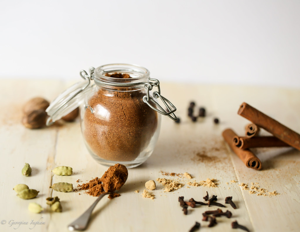 Georgina Ingham | Culinary Travels Photograph: Homemade Pumpkin Pie Spice - Pumpkin Spice is Everywhere right now. Why not Make Your Own?