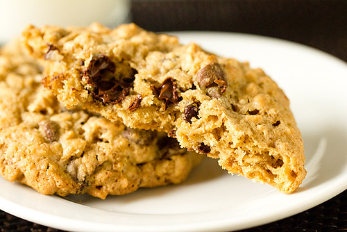 Big, thick and chewy Salted Espresso Oatmeal Chocolate Chip Cookies | by Brown Eyed Baker