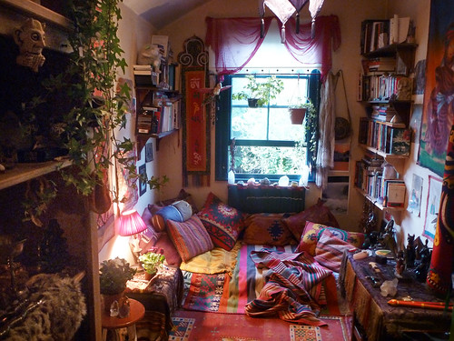 My Groovy room again | by goddessofxanadu