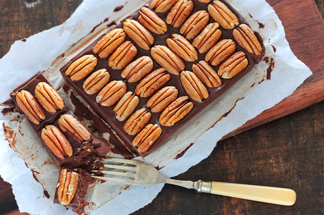 no-bake chocolate pecan 'pie'-2