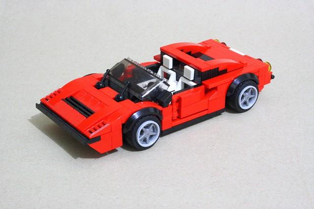 LEGO Ferrari 308 GTS Quattrovalvole