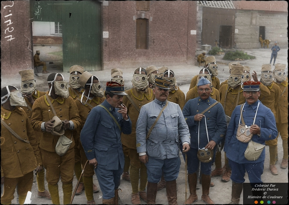 Senegalese French troops getting acquainted with their new gask masks