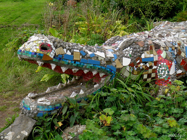 Mosaic Gator