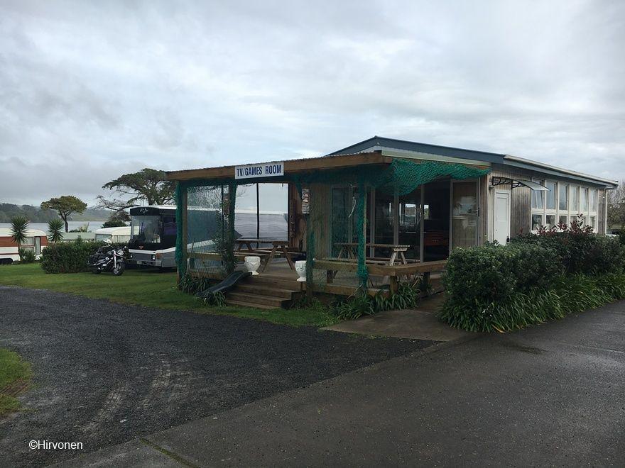 20160622-102050-NZ