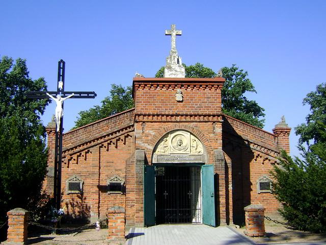 cmentarz w Leźnicy
