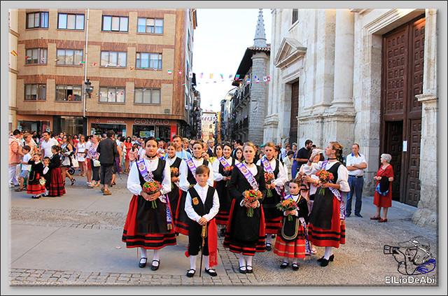 Briviesca Fiestas 2016 Procesión del Rosario y canto popular de la Salve  (2)