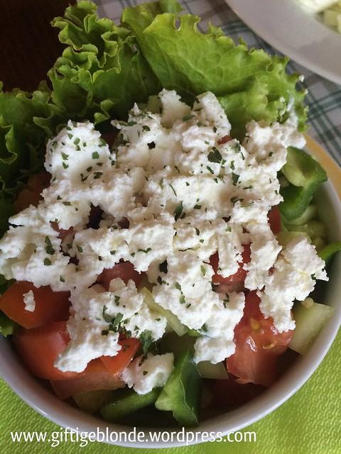 Salat mit Ziegenkäse, Makaba