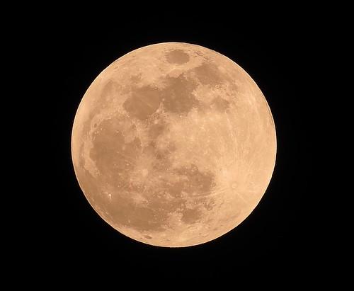 full-moon-1146005_640
