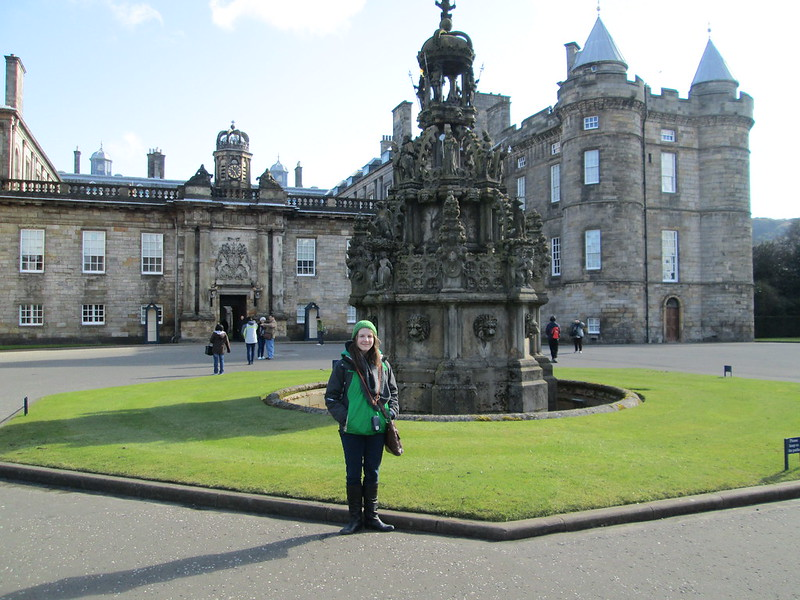 Holyroodhouse Palace Fountain Portrait