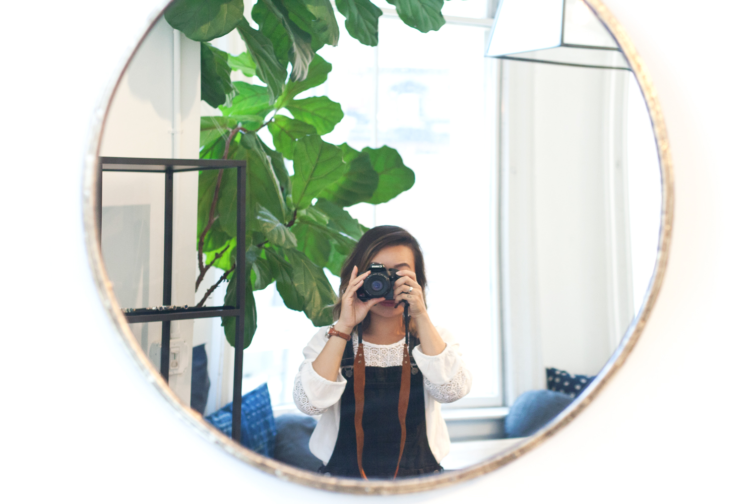 16lulufrost-studio-showroom-mirror-selfie-nyc-newyork-travel