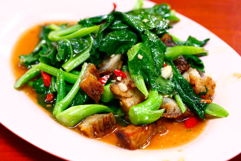 Stir Fried Kailan with Roast Pork