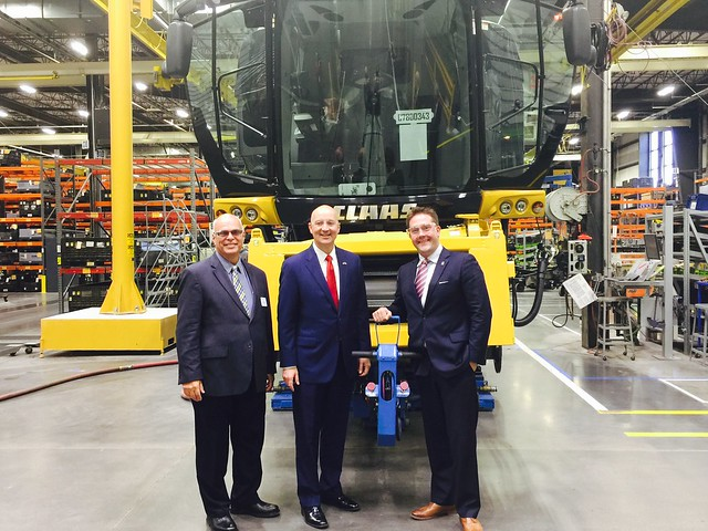 Gov. Ricketts Celebrates Manufacturing Day in Nebraska - 10/7/2016