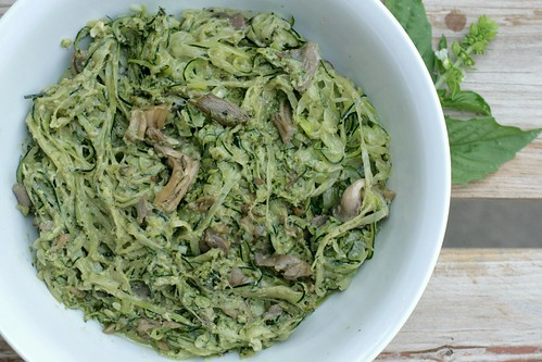 zoodles-with-mushrooms-and-walnut-basil-pesto