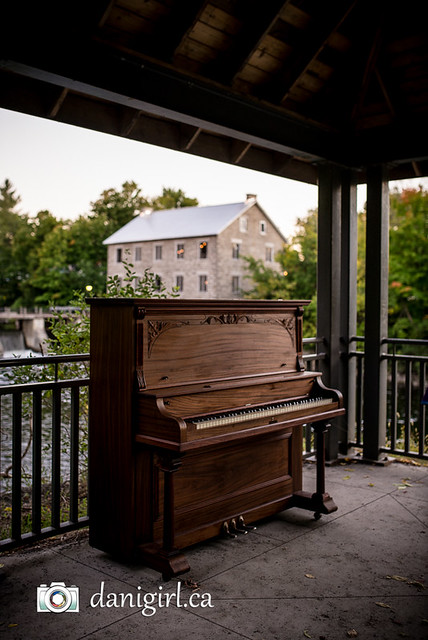 Piano in the Park at the Manotick Mill
