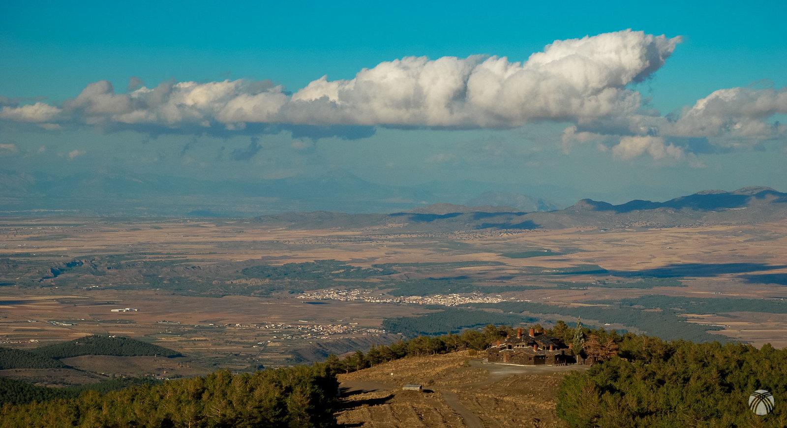 El marquesado de Zenete, las nubes y el amplio horizonte
