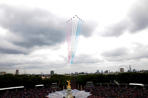 Red Arrows Flypast for the Queen's Diamond Jubilee | by Defence Images