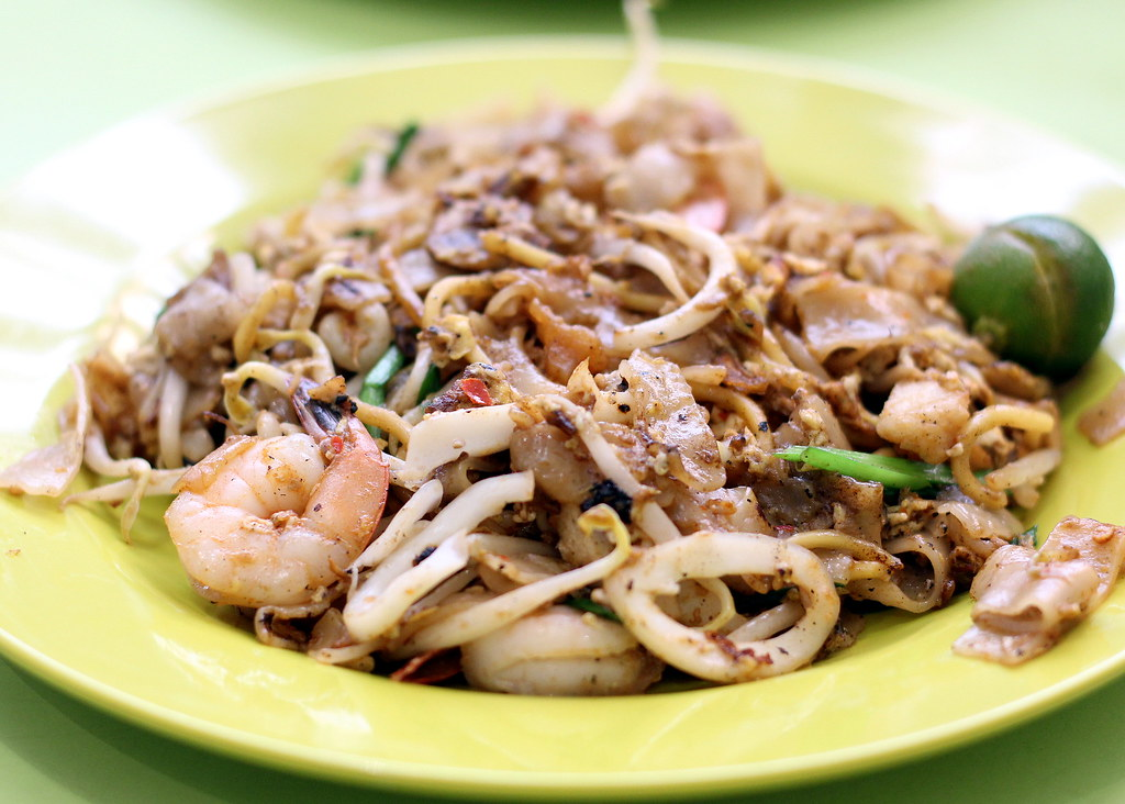 katong peter fried kway teow mee penang white