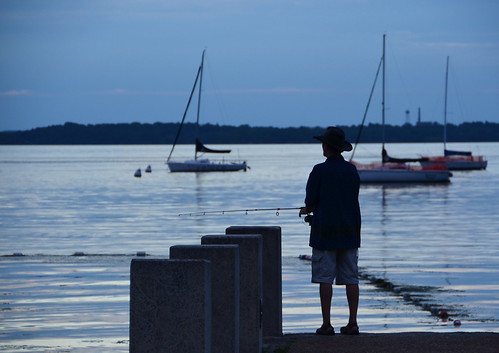 Fishing mendota dusk over lake mendota from the terrace for Mendota terrace