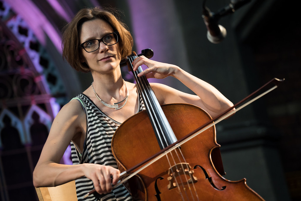 Daylight Music 233 - Laura J Martin