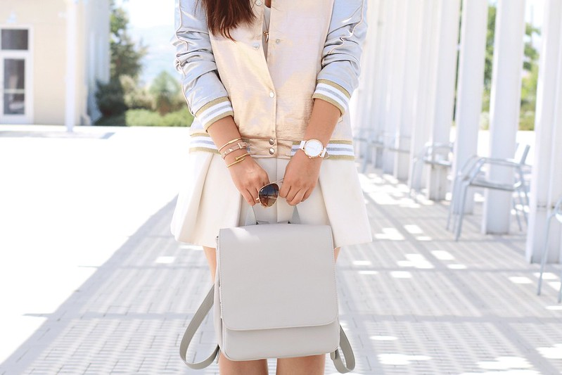 simplyxclassic, bomber jacket, varsity jacket, metallic jacket, nasty gal, neutral outfit, fall trend, back pack