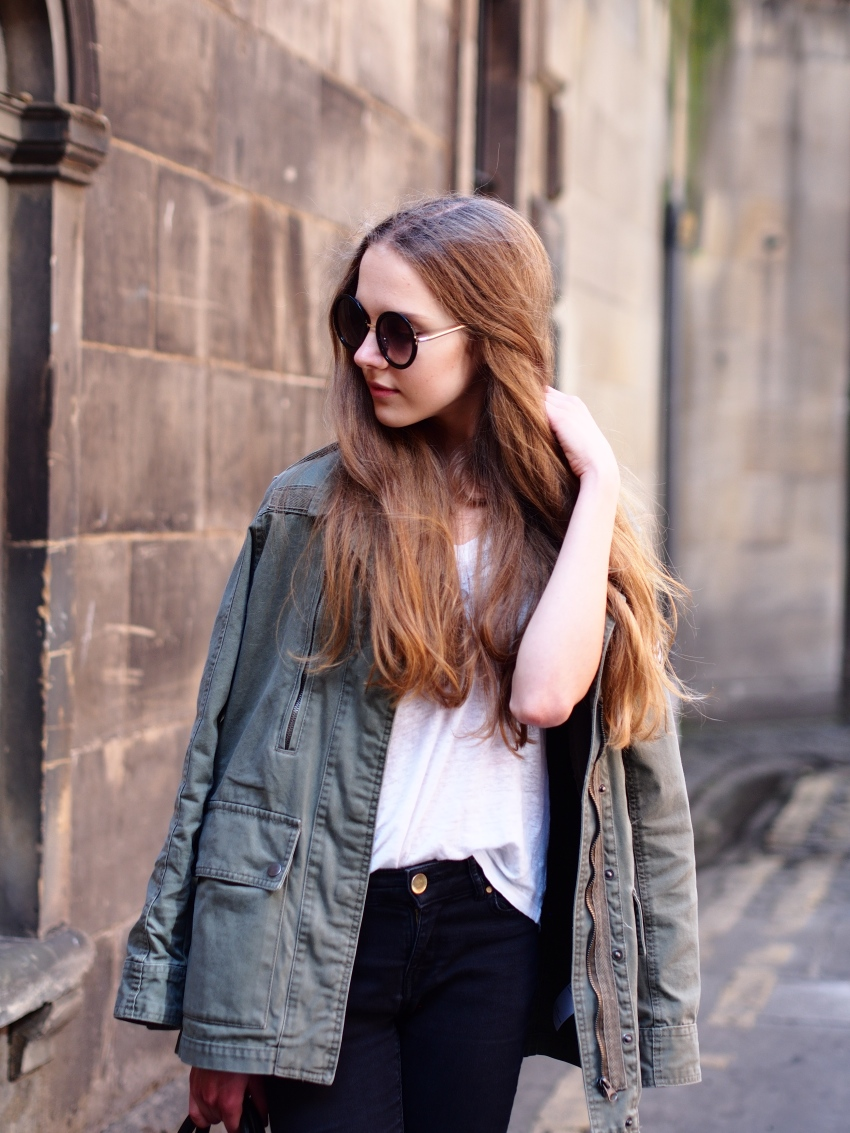 Green cargo jacket outfit