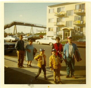 Fuoco family returns home after Expos game, 1970