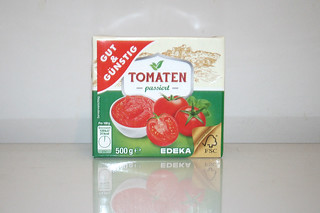 04 - Zutat passierte Tomaten / Ingredient passed tomateos