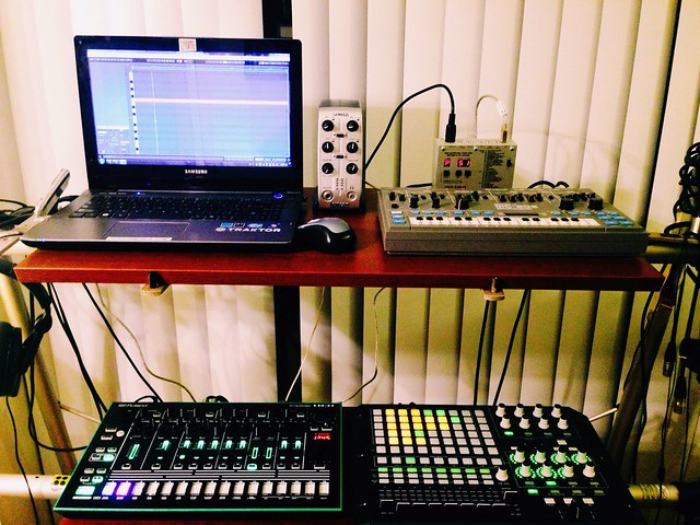 Kenton USB Solo w/ Ableton Live, MC-202, APC40, and TR-8. Analog and Digital, in-sync.