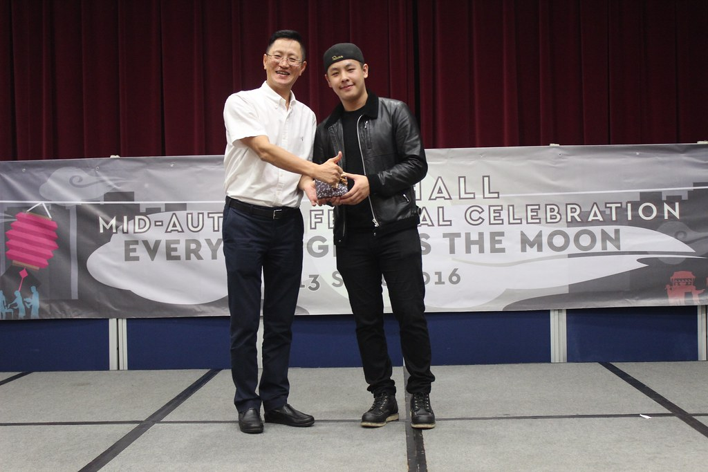 Hall 3 alumnus Karton MA returned to the Student Residence to perform a song he first composed,