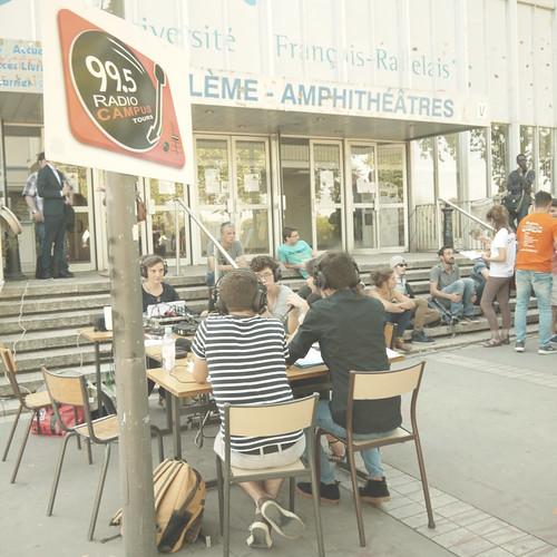 Radio Campus sur l'Esplanade Thélème pour la rentrée universitaire (06/09/16)