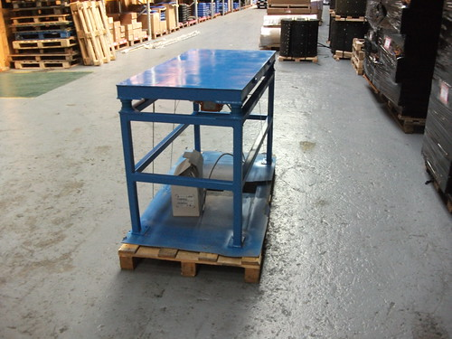 Taller 2m x 1m vibrating table this is a 2m x 1m for Schreibtisch 2m x 1m