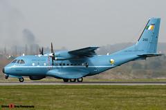 252 - C085 - Irish Air Corps - Airtech CN-235MPA Persuader - 090403 - Luton - Steven Gray - IMG_3030