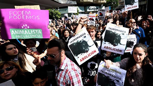 Manifestación antitaurina en España por AFP
