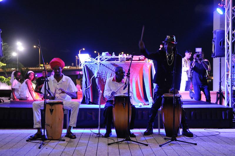 Tradisyon Lakou Lakay dance ensemble