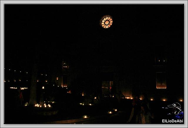 10.000 velas iluminan Fuentidueña en la noche de agua y fuego 13
