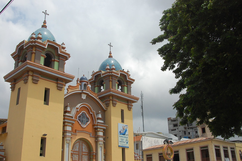 Catedral, Plaza de Armas, Tumbes, Peru