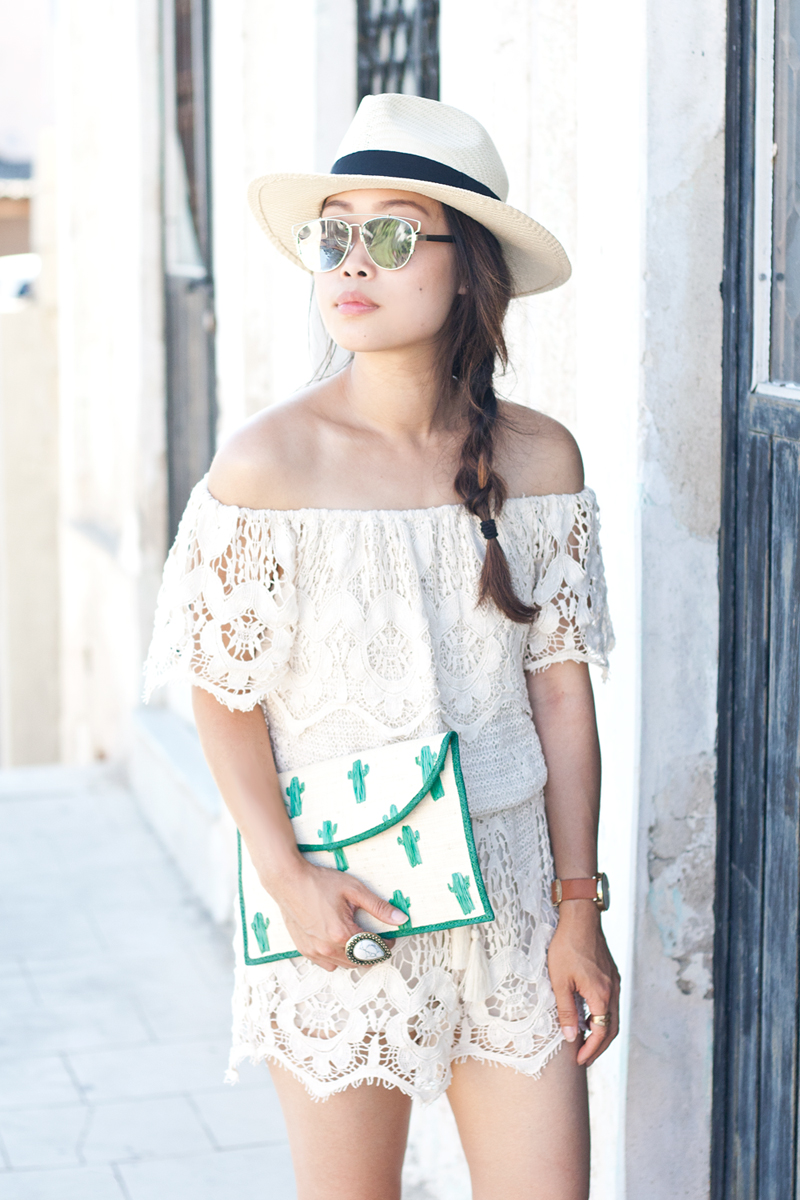 07crochet-offshoulder-romper-fedora-cactus-travel-style-fashion