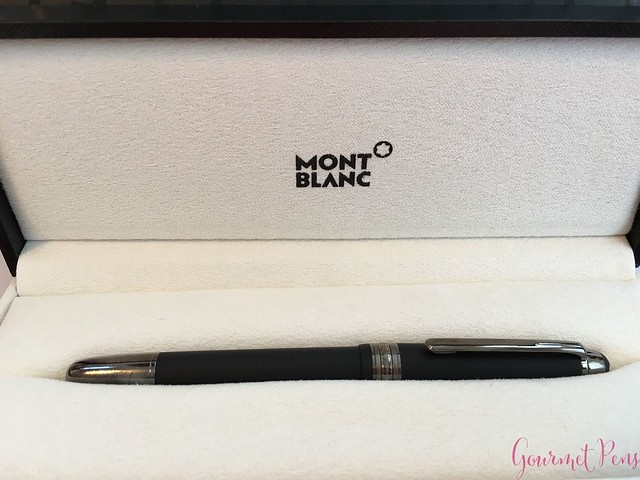 Review Montblanc Meisterstück Classique Ultra Black Fountain Pen @couronneducomte @Montblanc_World4
