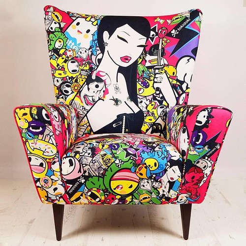 Tokidoki's Singapore Wing Chair 2