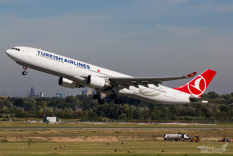 Turkish Airlines - A333 - TC-JOH (2)